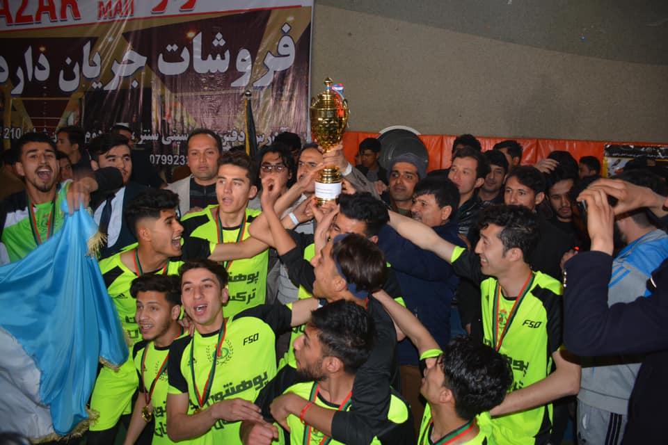ترکستان قهرمان شد